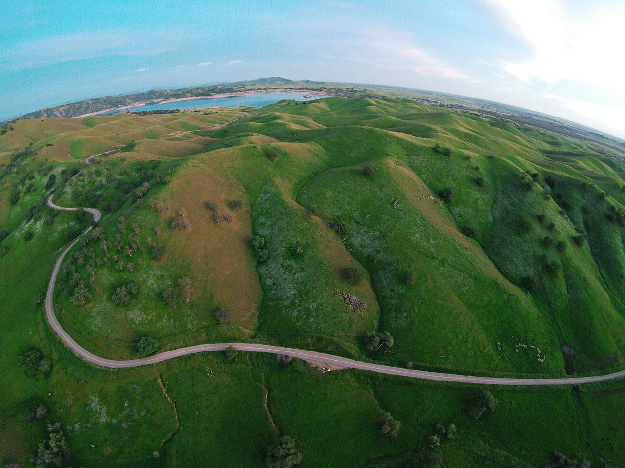 Rolling-Green-Hills---1280