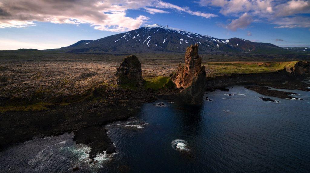 7 Iceland-2-cliffs drone photo video